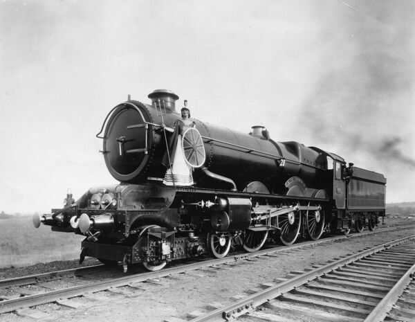 4-6-0 King class locomotive. Built 1927. Seen here at the Baltimore and Ohio Railway with 'Britannia' played by Lilian Schueler, Driver Young and Fireman Pearce
