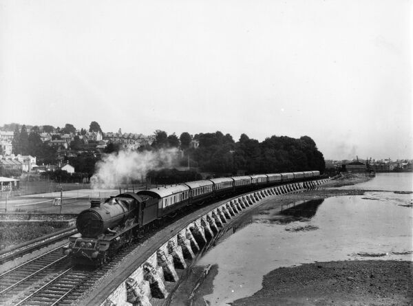 4-6-0 King class locomotive. Built 1927. Seen here hauling the Cornish Riviera Express