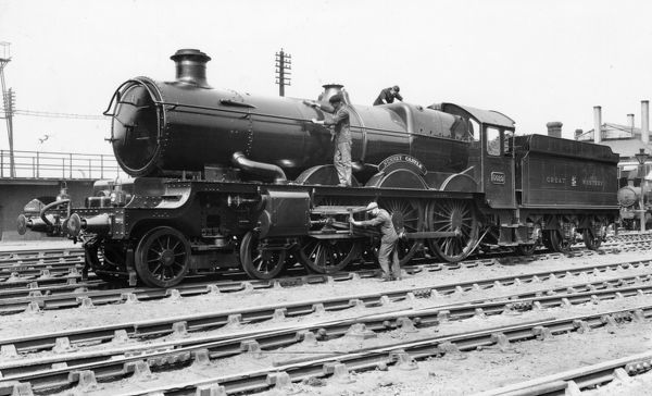 4-6-0 Castle class locomotive. Built 1934