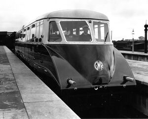 Diesel Railcar No 4 at Cardiff, 1934