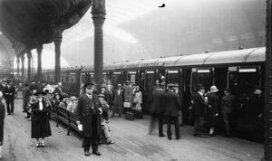 Platform 3 at Paddington Station, 1926