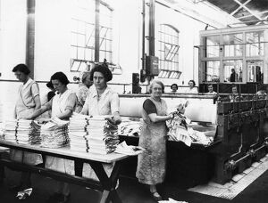 Women working in the Swindon Works laundry, c1930