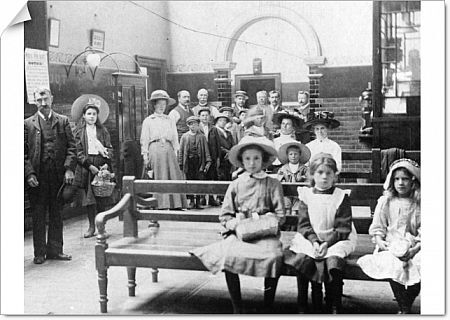 The Medical Fund Society in Milton Road housed swimming baths, Turkish and Russian Baths, a dispensary and a dentist. It was built in 1892