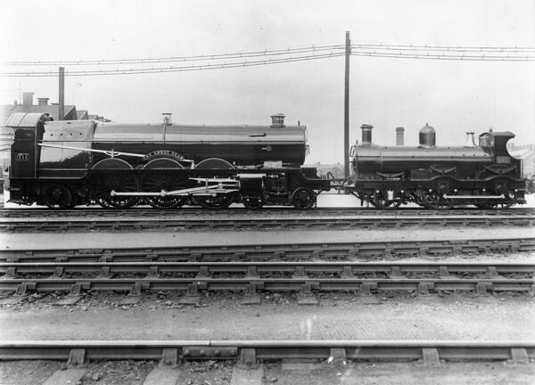 4-6-2 Pacific class locomotive. Built 1908. Rebuilt in 1924 to become a Castle class 4-6-0 Viscount Churchill