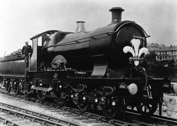 4-4-0 City class locomotive, built 1903. Seen here in 1903 as a Royal Train carrying fleur-de-lys insignia of the Prince of Wales