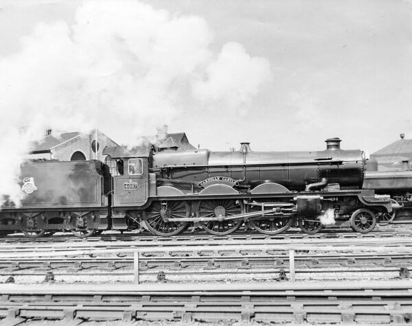 4-6-0 Castle class locomotive. Built 1925