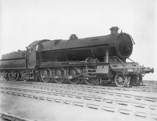 2-8-0 mixed traffic locomotive. Built May 1919. This class of locomotive was often refered to as 'Night Owls'