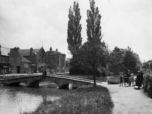 Bourton-on-the Water, c.1925
