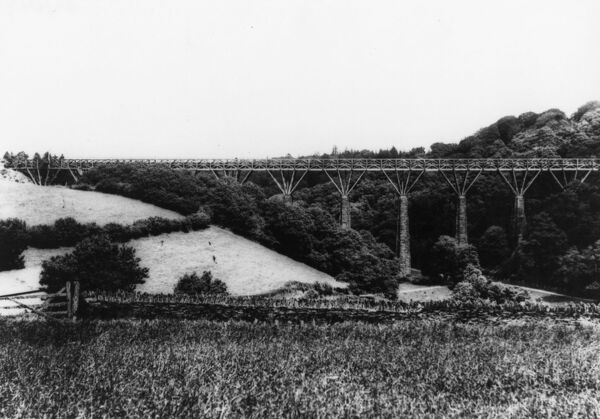 A timber viaduct on the main line bwteen Treslugan and Liskeard