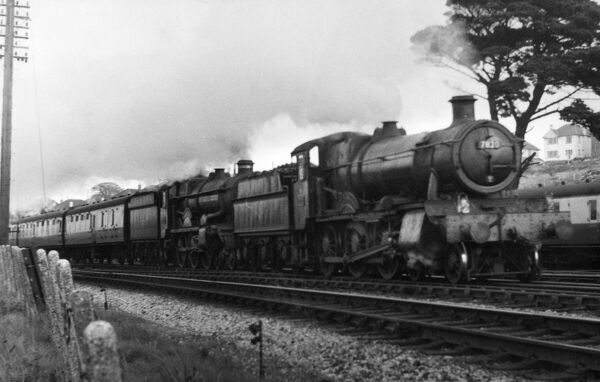 Earl of Clancarty, No. 5058 with Dinmore Manor, No. 7820 at Aller Junction, September 1958