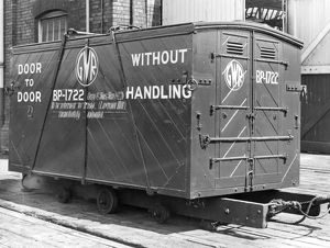 1.5 ton door-to-door container, c.1936