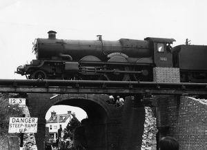 No 5042 Winchester Castle crossing Bruce Street bridges (during dismantling), Swindon