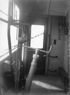 Auto Trailer, Brake Third, carriage No. 1668 - Drivers Compartment