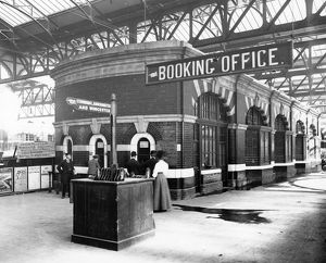 Birmingham Snow Hill Booking Office, 1912