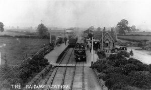 Overall view of Bourton on the Water Station, c1910