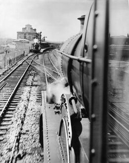 Bristol bound locomotive approaching Reading Station, c1950s
