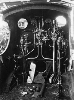 The cab of Dean Goods locomotive no 2516