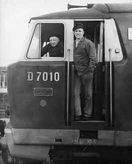 Drivers Ernie Simms and Brian Kervin on board diesel locomotive No. D7010