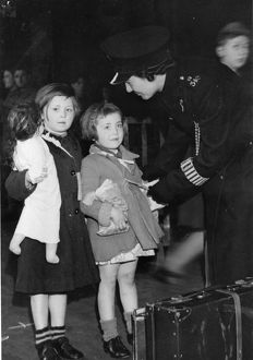 Evacuees at Paddington Station, September 1939