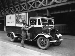 GWR parcel van converted into an ambulance, 1940
