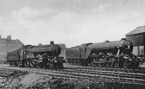 GWR Pendennis Castle and LNER, Flying Fox at Kings Cross, 1925