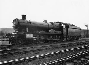 Hall Class locomotive No. 5944, Ickenham Hall