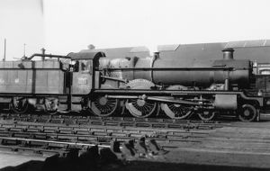 Hall Class locomotive No. 5951, Clyffe Hall