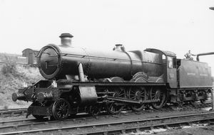 Hall Class locomotive No. 6984, Owsden Hall