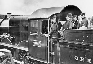 King George V and Queen Mary on the footplate of Windsor Castle