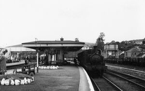 Lostwithial Station, September 1956