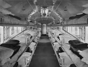 No.16 ambulance train ward carriage, April 1915