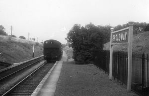 Pannier Tank No. 9445 entering Broadway Station, July 1959
