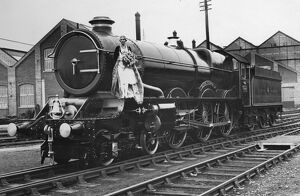 Railway Queen Mabel Kitson on King George V at Swindon, 1928