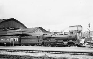 Star Class Locomotive, No.4019, Knight Templer