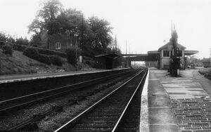 <b>Uffington Station</b><br>Selection of 6 items